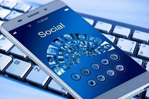 ¿Cómo hacer crecer tu Lista E-mail a través de las Redes Sociales?